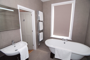 Plush bathrooms at Warkworth House, Cambridge
